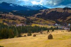 Herbst in den ukrainischen Karpaten Stockbild