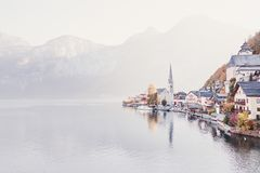 Herbst in Hallstatt stockfotos