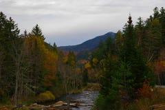 Herbst/Herbstlaub in der Adirondack-Gebirgshohe Spitzen-Region Lizenzfreies Stockbild