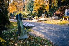 Herbst im Kirchhof Lizenzfreie Stockfotografie