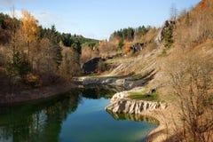 Herbst im Steinbruch Stockfoto