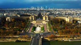 Herbst in Paris, Frankreich Ansicht des Herbstes Paris vom Eiffelturm lizenzfreie stockbilder