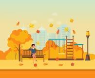 Herbst scherzt Spielplatz, das Mädchen, das im Park stillsteht, in Verbindung steht telefonisch lizenzfreie abbildung