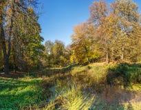 Herbst in Sofiyivka-Park in Uman, Ukraine lizenzfreie stockbilder