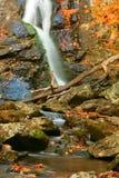 Herbst-Wasserfall II Lizenzfreies Stockbild