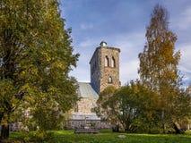 Herbstansicht von kirche u. von x28; Lutherisches church& x29; in der russischen Stadt Stockbilder