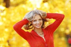 Herbstfrau Lizenzfreie Stockfotos
