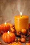 Herbstkerzen lizenzfreies stockfoto