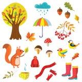 Herbstkollektionsillustration mit Naturelementen und -tieren Lizenzfreie Stockbilder