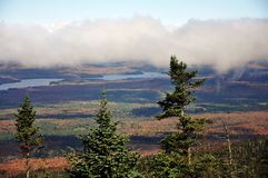 Herbstlaub im Adirondacks, New York, USA Stockfotos