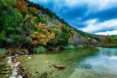 Herbstlaub an verlorenem Ahorn-Nationalpark in Texas stockbild