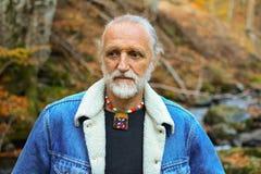 Herbstporträt des alten Mannes Lizenzfreies Stockbild