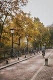 Herbststadtbild in der alten Stadt Lizenzfreie Stockfotografie
