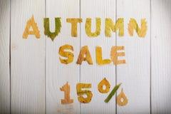 Herbstverkauf 15 Prozent Stockfoto