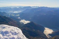Herbstwanderung zu groberem priel Berg Stockfotografie