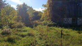 Herbstwanderwegscheune Lizenzfreies Stockfoto
