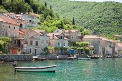 Herceg Novi jest miasteczkiem przybrzeżnym w Montenegro lokalizował przy entra Obrazy Royalty Free