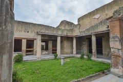 Herculaneum, ITALIË - JUNI 01: Ruïnes van de Herculaneum de oude roman stad, Italië op 01 Juni, 2016 Stock Afbeeldingen