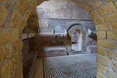 Herculaneum ITALIEN - JUNI 01: Herculaneum fördärvar den forntida roman staden, Italien på Juni 01, 2016 Royaltyfria Foton