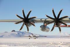 Hercules cargo aircraft on the snow runway at McMurdo Royalty Free Stock Photos