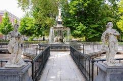 Hercules och Hydraspringbrunn i Royal Palace av Aranjuez, Spanien royaltyfria foton