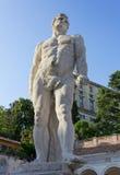 Hercules Statue i Udine Arkivbilder