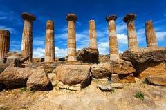 Hercules Temple i arkeologiska Agrigento parkerar sicily Royaltyfri Bild