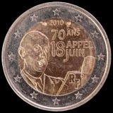 Herdenkings euro die muntstuk twee door Frankrijk in 2010 wordt uitgegeven en het tonen van het portret van Algemeen de Gaulle Royalty-vrije Stock Afbeelding