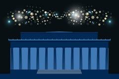 herdenkings Het gebouw met kolommen bij nacht, heldere flitsen in de hemel washington De V.S. Stock Fotografie