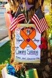 Herdenkingsbericht van Las Vegas die slachtoffers schieten stock foto