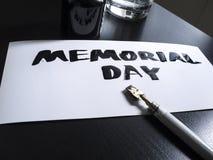 Herdenkingsdagkalligrafie en van letters voorziende prentbriefkaar De mening van het perspectief Wilde pen in calligraph Royalty-vrije Stock Foto's