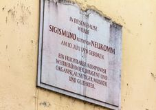 Herdenkingstablet op het huis waar Sigismund Ritter von Neukomm geboren was Royalty-vrije Stock Foto