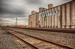 Hereford Grain Corp y pistas de ferrocarril imagen de archivo libre de regalías