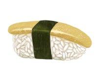 Heringrogen kazunoko Sushi mit Algen, Aufstieg und Fischen auf einem weißen Hintergrund Stockbilder