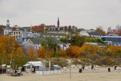 HERINGSDORF, Alemania - noviembre de 2018: Vista de Heringsdorf de Pier In Autumn imagenes de archivo