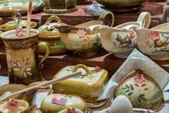 Herinnering ceramisch met bloemendecoratie voor verkoop stock fotografie
