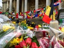 Herinnering van de aanvallen in Brussel, België, op de Plaats DE La bourse stock foto