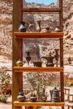 Herinneringen van Petra Wadi Musa Jordan Mei 2019 stock foto's