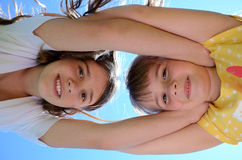 Hermanas por siempre Fotos de archivo libres de regalías