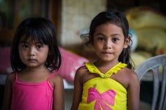 Hermanas, víctimas del terremoto, bohol Filipinas Fotografía de archivo