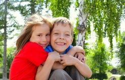 Hermano y hermana Fotos de archivo