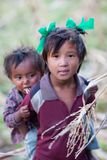 Hermano y hermana de Gorkha, Nepal Imagen de archivo libre de regalías
