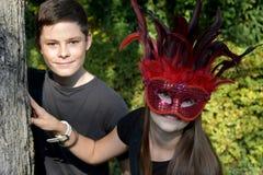 Hermanos en equipo del carnaval Imágenes de archivo libres de regalías