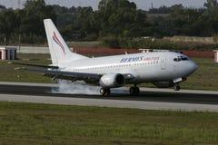 Hermes 737 landning Arkivbild