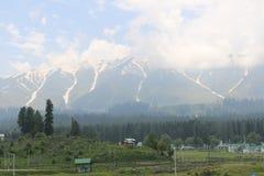 Hermosa vista de Gulmarg Imagenes de archivo
