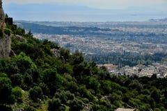 Hermosa vista de la altura de la ciudad en Grecia imagen de archivo
