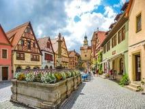 Hermosa vista de la ciudad histórica del der Tauber del ob de Rothenburg, Imagen de archivo libre de regalías