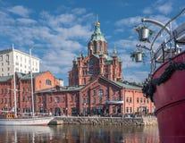 Hermosa vista de la ciudad y de la catedral viejas de Uspenski Imagen de archivo