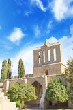 Hermosa vista de la construcción de la abadía de Bellapais en Kyrenia Girne, República de Chipre septentrional Imagen de archivo