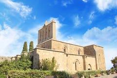 Hermosa vista de la construcción de la abadía de Bellapais en Kyrenia Girne, República de Chipre septentrional Foto de archivo